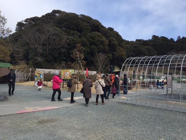 掛川花鳥園の屋外エリア