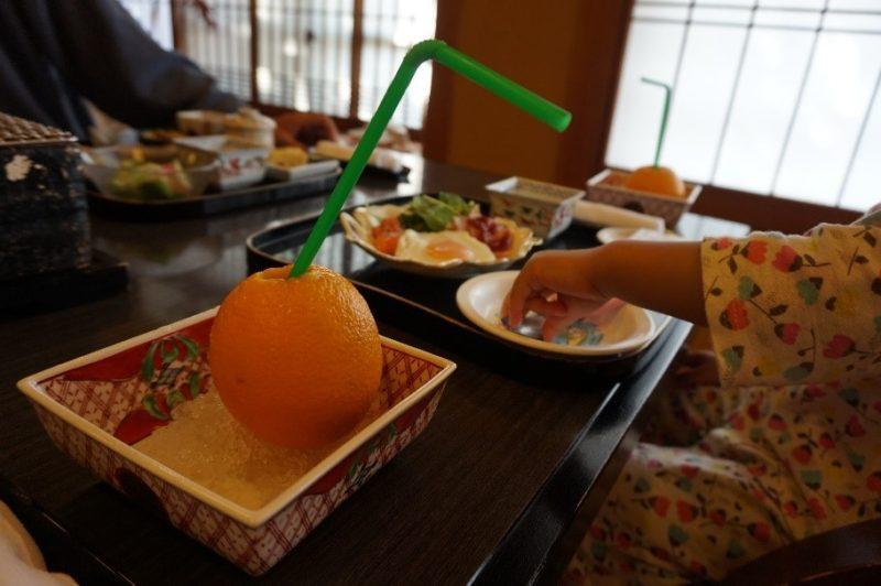 淘心庵米屋の朝食とフレッシュジュース