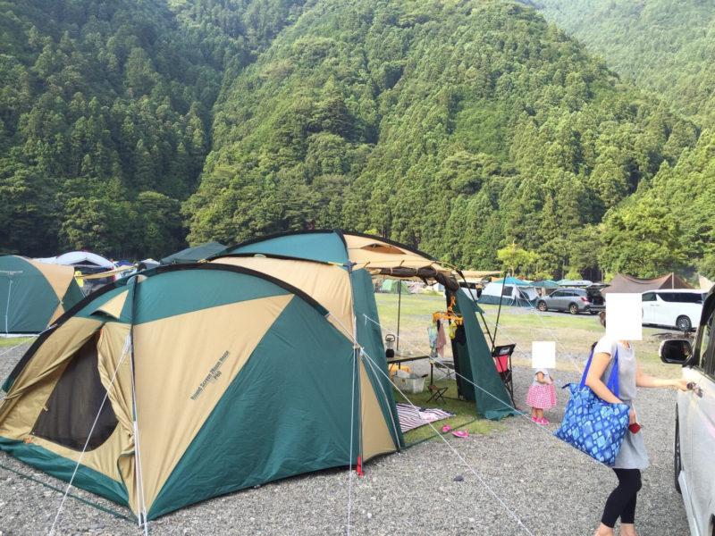 白川渡オートキャンプ場のテントサイト