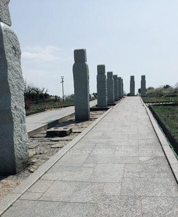 遠州灘海浜公園の石の巨人