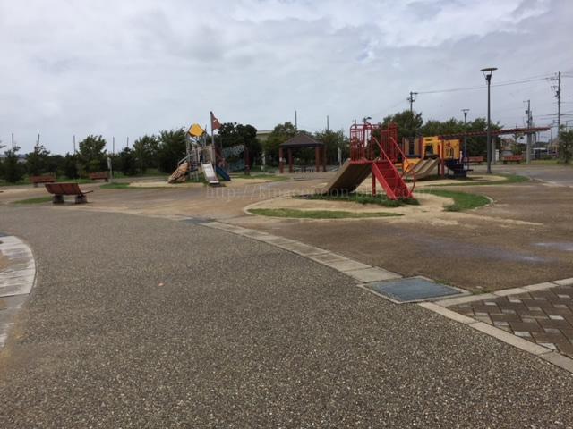 浜松市とびっこ公園の滑り台