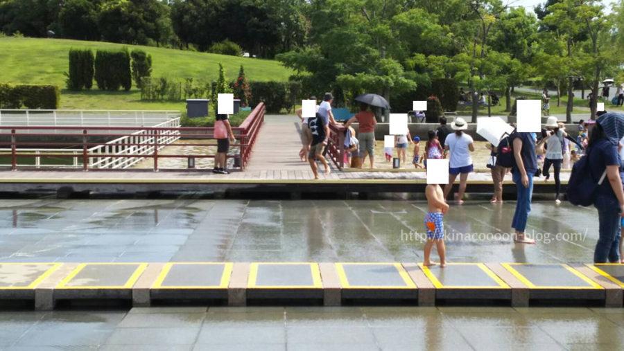 ガーデンパークの水遊び広場