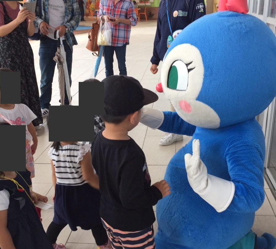 名古屋アンパンマンミュージアムのコキンちゃん着ぐるみ