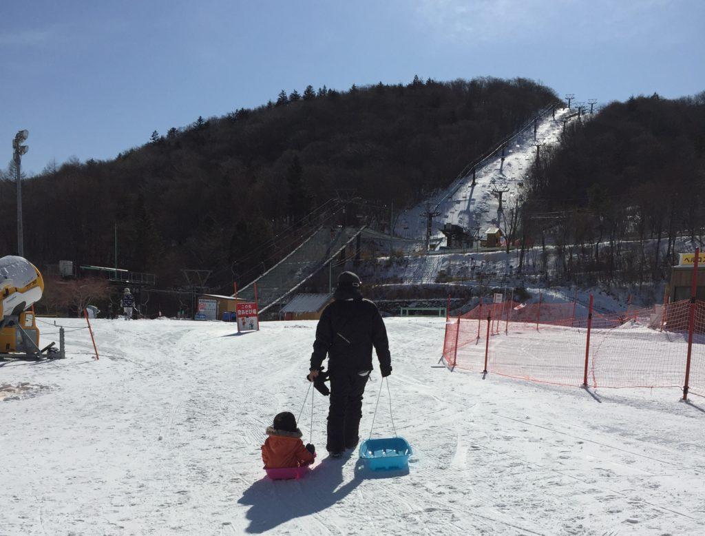 茶臼山高原スキー場へ行ってきた!料金、場内の様子、子連れでの感想など