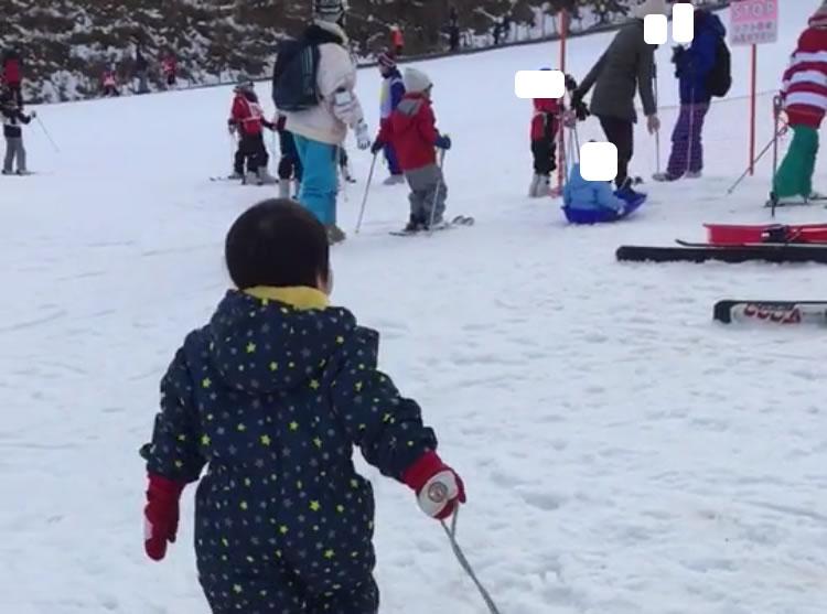 茶臼山高原スキー場の混雑具合