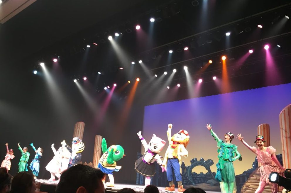 しまじろうコンサートの公演中の写真