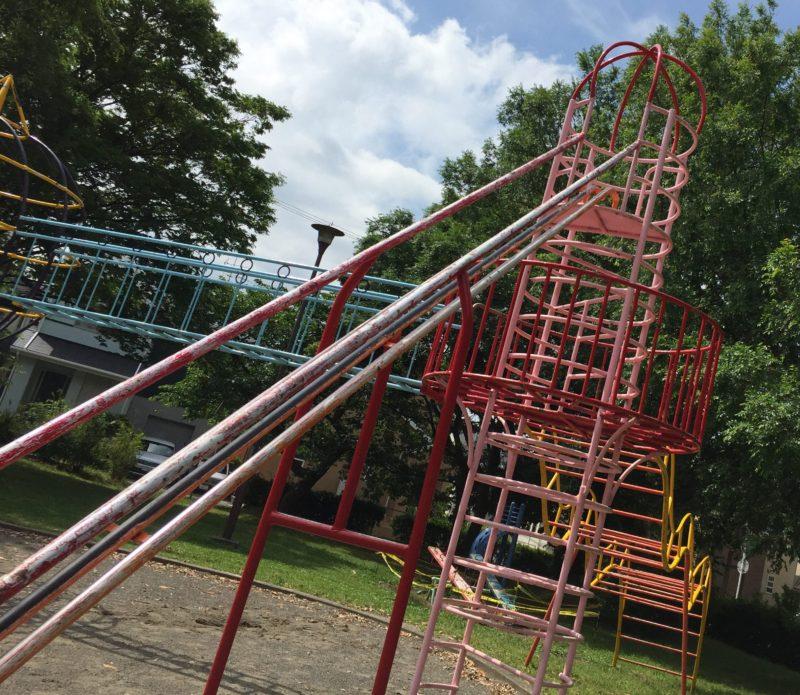 大蒲公園の大きなすべり台