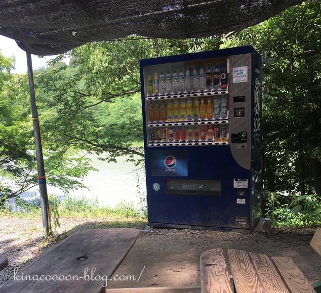 浜北森林アスレチックの休憩スポットと自販機