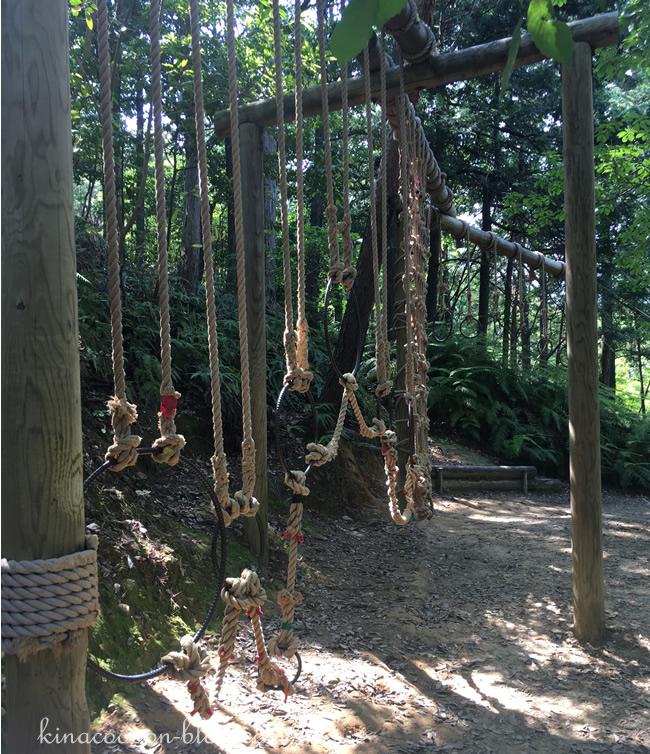 浜北森林アスレチックの36番ロープ伝い